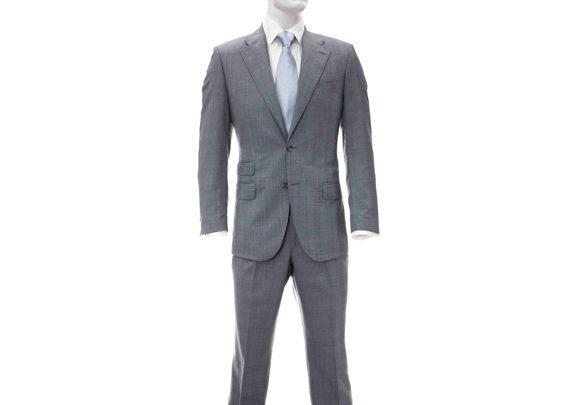 traje-gris-plata