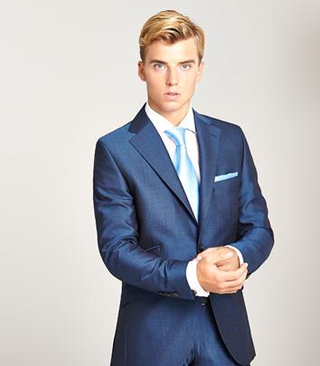 traje-azul-elegante