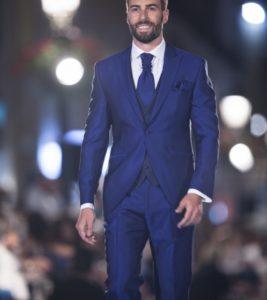 traje azul 2017