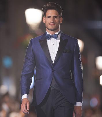 8a695f32397f4 traje-de-novio-chaqueta-azul-pasarela